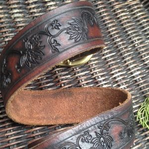 Lucky Brand Accessories - Embossed Leather Belt/ Brass Buckle